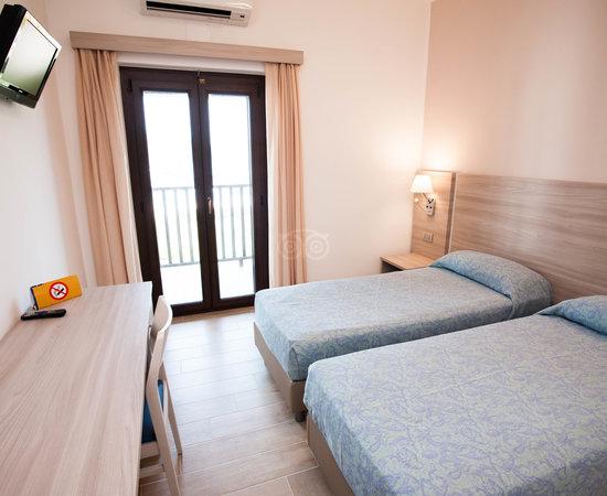 Hotel Portoconte  Alghero  Italie    Voir Les Tarifs  25
