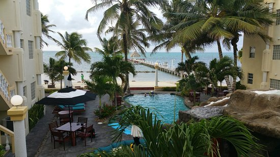 Pelican Reef Villas Resort: 20160723_061824_large.jpg