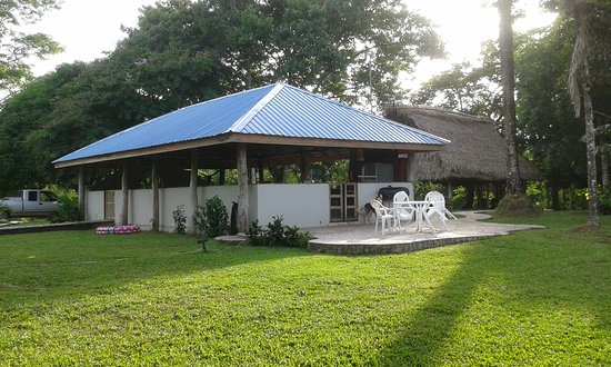 Punta Gorda, Belice: Main Lodge and Dining Room