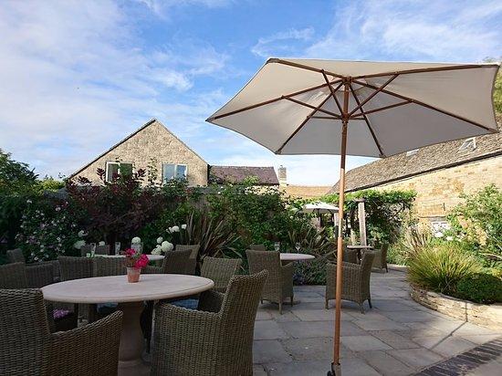 Bledington, UK: backyard