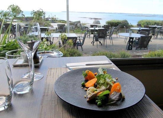 Larmor-Plage, Francia: restaurant les mouettes bretagne larmor plage face à la mer