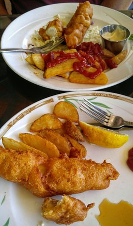 Captain Jack's Island Grill: Sharing the Delicious Fish & Chips!