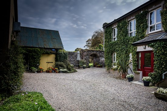 Drinagh, ไอร์แลนด์: Castle Courtyard