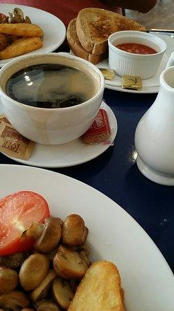 Le Cafe Parisien: ٢٠١٦٠٨١٦_١٠٤٨٢٤_large.jpg