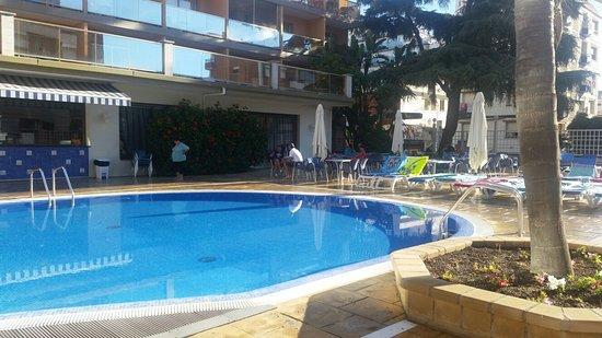 Hotel Bon Repos: 20160815_084705_large.jpg