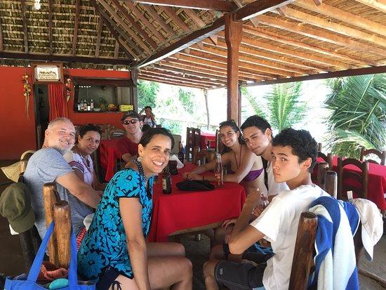 Salchi, Meksiko: Comiendo en una de las bahías cercanísimas (Hay 4)