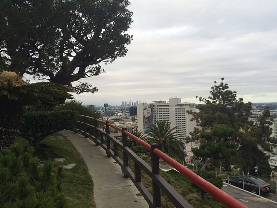 Yamashiro: Gardens overlooking the city