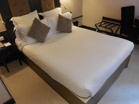 Hotel Elysees Bassano Bild