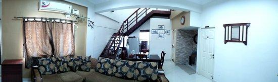 Bhuvi Serviced Apartments: Living Room Thoraipakkam