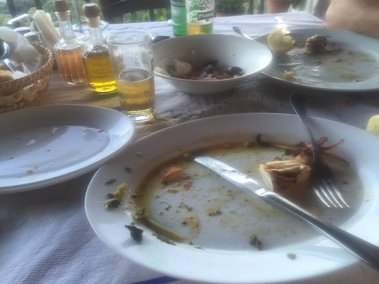 Anthousa, Greece: Τα καθαρίσαμε...εξαιρετικό φαγητο!!!χωρις πολλα λόγια..