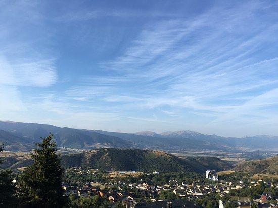 Pyrenees Hotel : photo1.jpg