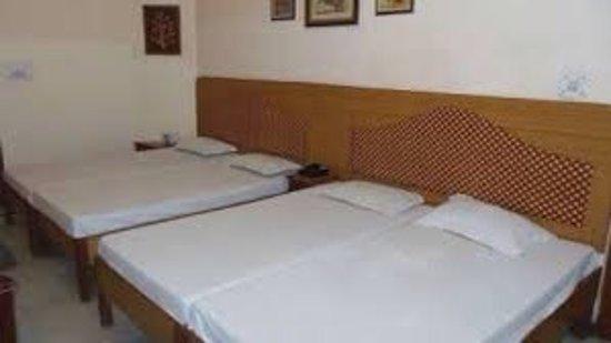 โรงแรมทัจ พลาซา: photo2.jpg