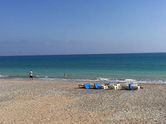 Episkopi, Kıbrıs: Kyrenia Beach Restaurant