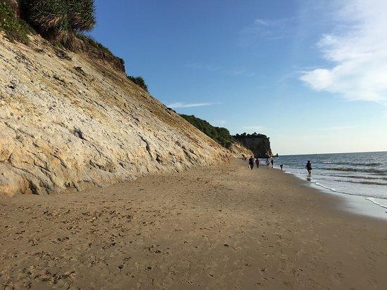 Tusan Beach