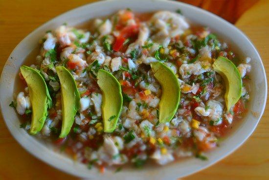 Pescaditos Cancun: CEVICHITO?