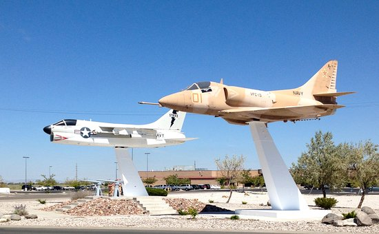 Fallon, NV: Attack aircraft