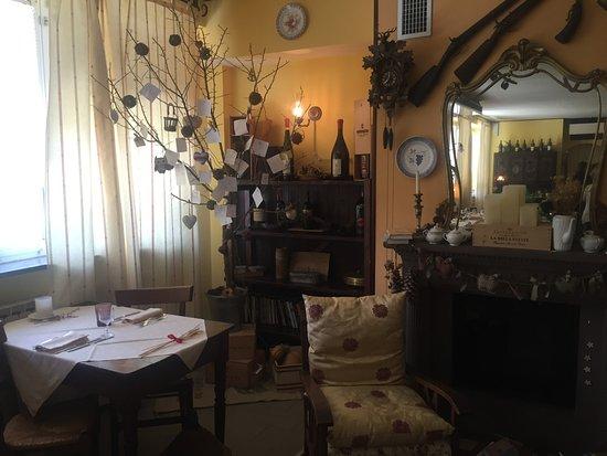 Bossolasco, Italia: La sala da pranzo