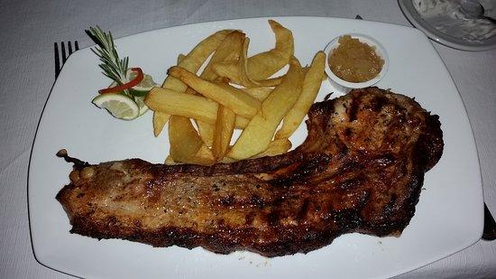 Kathikas, Cyprus: Delocious pork chop
