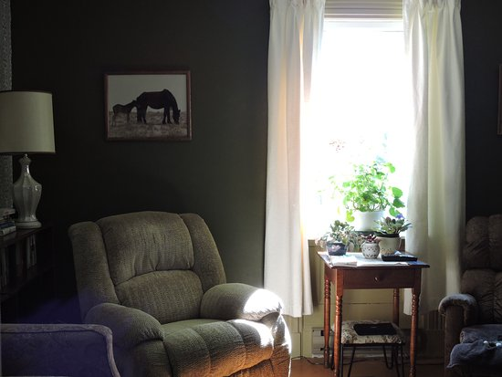 Harvey, Canada: Cosy Living Room