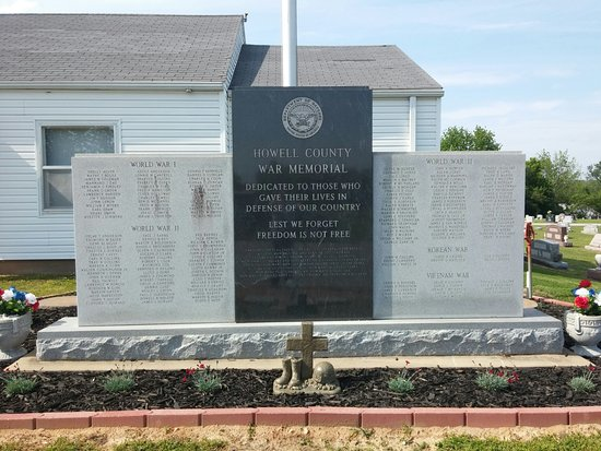 ‪Howell County War Memorial‬