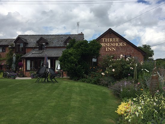 The Three Horseshoes Inn: photo0.jpg