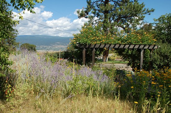 Summerland Ornamental Gardens