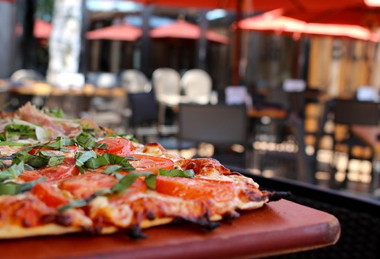 Kirkwood, MO: Margherita pizza