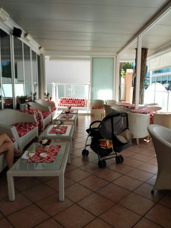 Hotel Aurelia: Verenda
