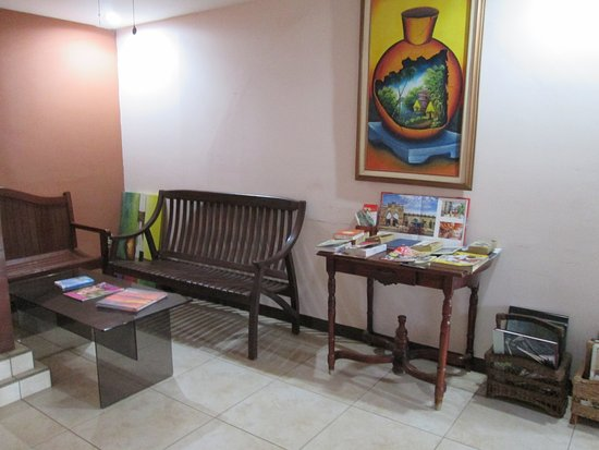 Hotel San Luis: Living Room