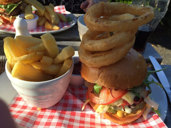 Widnes, UK: Beef and Bacon Burger