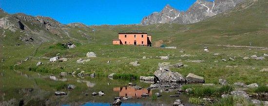 Province of Sondrio, Italia: Rifugio Viola