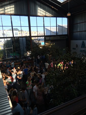 Southern Pacific Brewing: view from the upper deck, very busy!