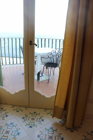 Residence Alcione: The cheerful Italian tiles