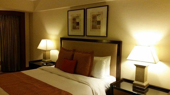 Diamond Hotel Philippines: 20160810_210818_large.jpg