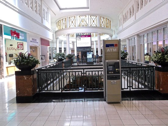 King of Prussia Mall: ATM