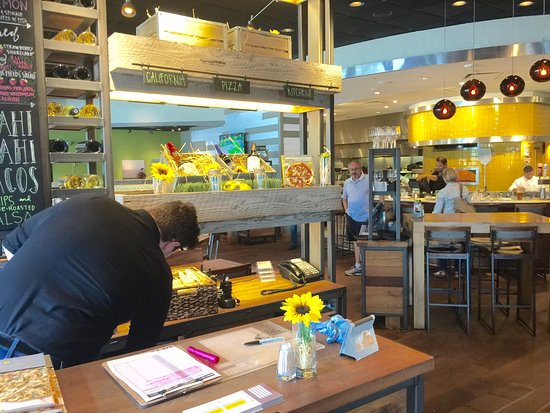 Fantastic California Pizza Kitchen Louisville East Louisville Download Free Architecture Designs Scobabritishbridgeorg