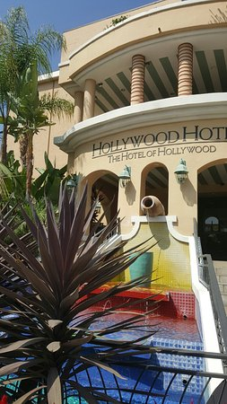 Hollywood Hotel: 20160810_190215_large.jpg