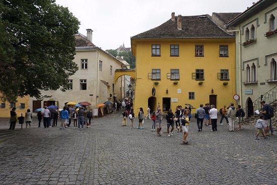 Pension am Schneiderturm: Fortress Central square near the hotel