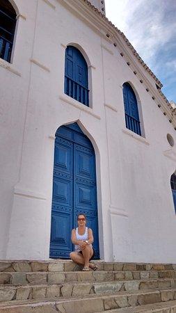 Paracatu, MG: Escadas feitas de pedras de Pirinópolis e que dá acesso a Igreja.