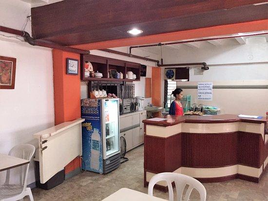 Aveflor Inn and Restaurant ภาพถ่าย
