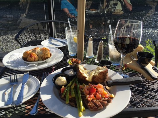 Orofino, ID: Wine, view, ample serving ( not overdosed ), veggies- all very good when consumed with pretty su
