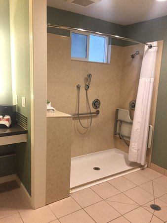Menlo Park, CA: ADA compliant bathroom