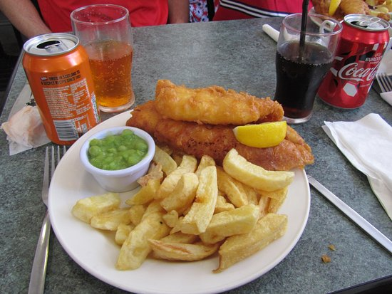 The Wee Chippy: superb fish and chips with mushy peas