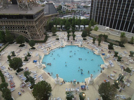 Paris Hotel Pool Area Picture Of Paris Las Vegas Las Vegas Tripadvisor
