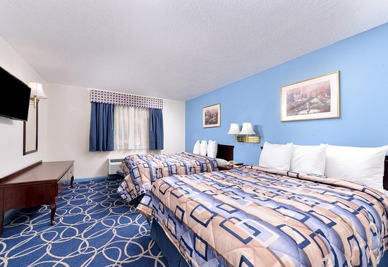 Americas Best Value Inn & Suites - Houston / Brookhollow Northwest: Two Queen Suite