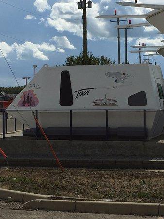 Vulcan, Канада: Shuttle Craft