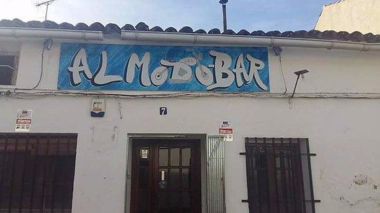 Almodovar del Pinar, Ισπανία: fachada del bar