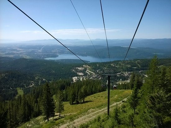 Whitefish Mountain Resort: View going down the chairlift
