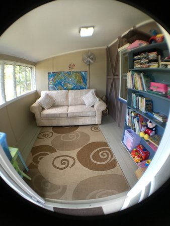 Tallebudgera, ออสเตรเลีย: Historical Settlers Cottage 4th Bedroom (double sofa bed)