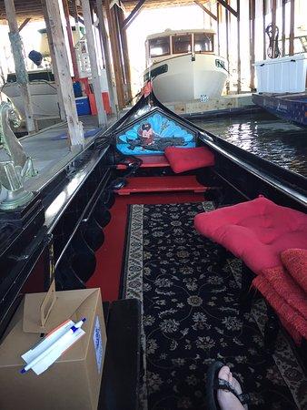 Gig Harbor, WA: Docked gondola